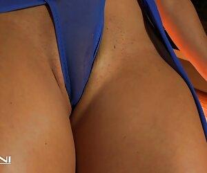 Candy Cat juega DP mujeres nudistas en la playa LoveGame