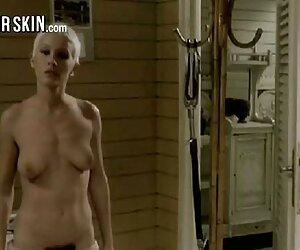 Culo mujeres hermosas desnudas en la playa