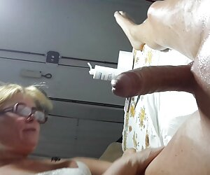 Zombified por mujeres desnudas en playas españolas bOObs