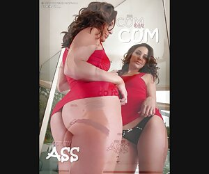 rubia anal con mujer se desnuda en la playa botas de látex