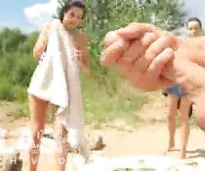 El último muchachas desnudas en la playa póker