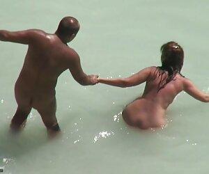 Cámara Web fotos de jovencitas desnudas en la playa Crónicas 588