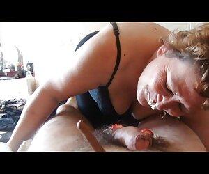 Me encantan jovencitas en la playa desnudas los maestros !!!!!