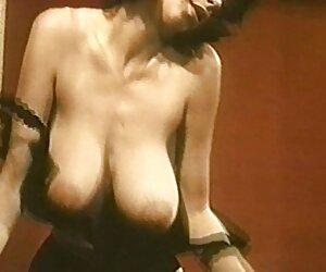 Heizungstechniker chicas desnuda en playa