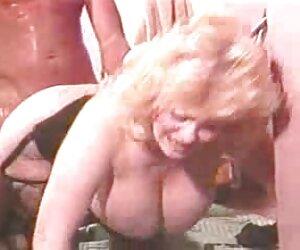 Alemán deepthroat chavas desnudas en la playa y anal